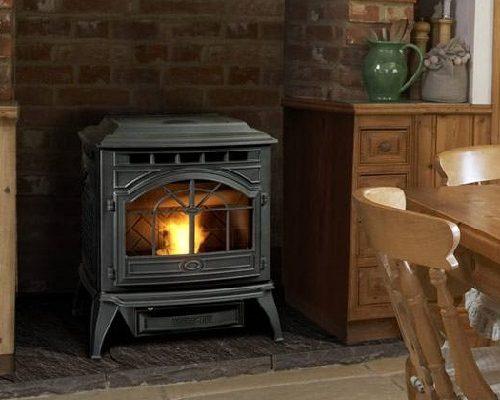 lage pelletkachel in klassiek model Quadra-Fire Castel
