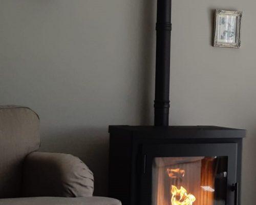 Nordic Fire Arya Classic lage pelletkachel met automatische trekregeling